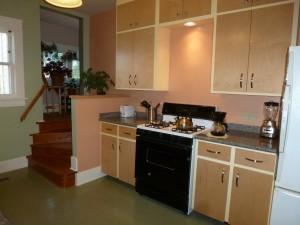 Mary Reynolds kitchen 015