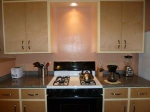 Mary Reynolds kitchen 011